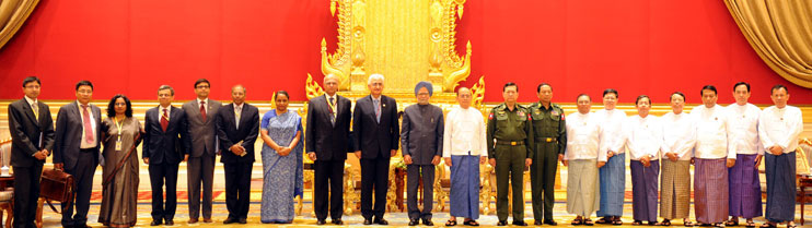 The Prime Minister, Dr. Manmohan Singh meeting the President of Myanmar, Mr. U. Thein Sein, on the sidelines of the third Summit of the Bay of Bengal Initiative for Multi-Sectoral Technical and Economic Cooperation (BIMSTEC), at Nay Pyi Taw, Myanmar on Ma