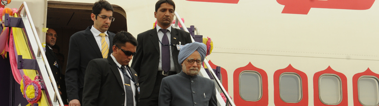 Arrival of Prime Minister Dr. Manmohan Singh at Don Muang Airport on May 30, 2013
