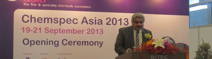 Ambassador Anil Wadhwa was the Guest of Honour at the opening ceremony of the Chemspec Asia Exhibition at the Bangkok International Trade & Exhibition Centre on 19 September 2013. Ambassador Anil Wadhwa along with Mr. Payungsak Chartsutipol, Chairman of F