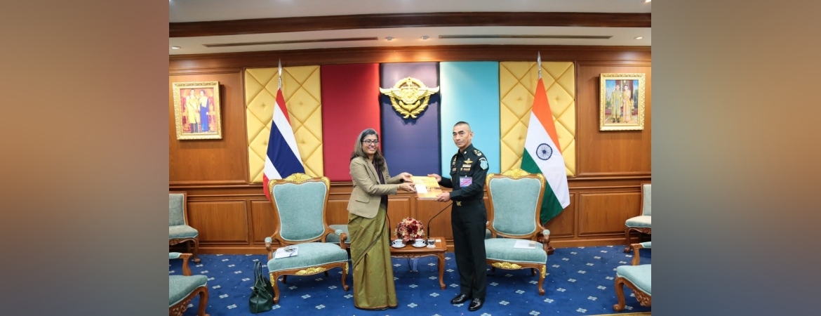 Ambassador Suchitra Durai calls on Gen Chalermphon Srisawasdi, Chief of Defence Forces, Royal Thai Armed Forces on 24 November 2020